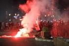 A fost reinstaurată starea de urgență. Președintele a luat această decizie. Proteste violente pe străzile din Belgrad