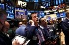 Acţiunile de pe Wall Street au închis din nou în scădere din cauza coronavirusului