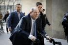 Agresiuni sexuale de 17 milioane de dolari! Atat va plati producătorul Harvey Weinstein femeilor care l-au acuzat