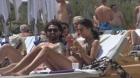 Ce ascundea sotia lui Pepe sub haine! Raluca este o adevarata bomba sexy in costum de baie