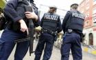 """Doisprezece germani arestaţi într-o anchetă cu privire la planuri de atentate ale extremei drepte vizând """"lideri politicii, solicitanţi de azil şi musulmani"""""""