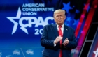 Donald Trump se compara cu Winston Churchill in raspunsul sau la coronavirus