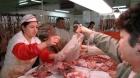 Fermierii bagati in faliment inainte de Paști: DSVSA interzice vânzarea cărnii de la mieii sacrificați la stână sau în gospodărie