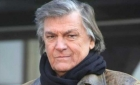Florin Piersic împlinește 84 de ani. Este cerut în Anglia, joacă cu casa închisă
