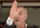 Gigi Becali spune că a fost șantajat de Laurențiu Reghecampf!