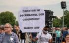 """Manifestaţii """"anticorona"""" de amploare în Germania şi în Polonia. """"Gata cu minciunile!"""""""