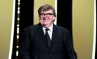 Michael Moore avertizează: Donald Trump va câștiga din nou alegerile