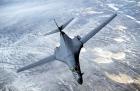 Pentru prima dată după sfârşitul Războiului Rece Rusia trimite avioane militare în zona Polului Nord
