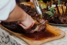 Sfatul unui antrenor de fitness: Ce se intampla daca mananci carne seara