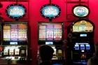 Suceava: Doi farmaciști au folosit la jocuri de noroc datele unui client