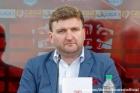 Suporterii l-au dat afara pe omul lui Cortacero de la Dinamo. Il acuza ca a lipsit nemotivat de la munca