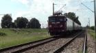 Un tânăr care şi-a înjunghiat fosta iubită s-a aruncat în faţa trenului