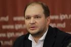 Va reuși Păpușarul să conducă Moldova din exil?