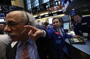 Începutul unei noi crize economice mondiale?! Cădere pe bursele asiatice, după prăbuşirea de ieri de pe Wall Street
