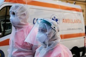 A fost înregistrat primul caz de COVID şi gripă, în România. Bolnavul e un italian aflat la noi in tara