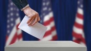 Americanii sunt chemaţi la urne, după doi ani de la victoria lui Trump