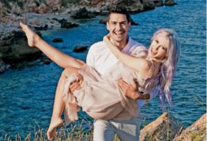 Andreea Bălan se mărită în martie pe plaja Sunset Beach