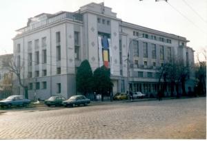 Artistii de la Casa de Cultura a Studentilor din Bucuresti protesteaza impotriva masurii de a fi evacuati ilegal de noua conducere
