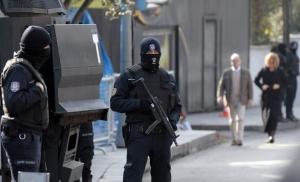 Atac armat în Basel. Doi morţi şi un rănit într-o cafenea