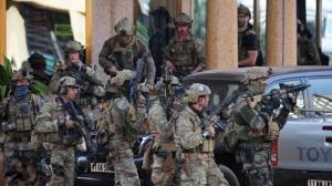 Atac cu grenadă la sosirea lui Emmanuel Macron în Burkina Faso. Ţinta a fost armata franceză