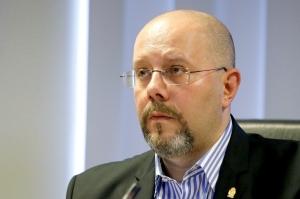 Atac dur al viceprimarului Capitalei la Robert Negoita: