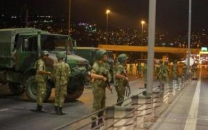 Autorităţile din Turcia continuă epurările: Peste 200 de soldaţi suspecţi de legături cu clericul Gulen, reţinuţi