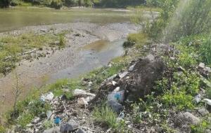 Baronul PSD de Dragomiresti polueaza apa Dâmboviței. Bucureștenii riscă sa se contamineze cu bacterii periculoase