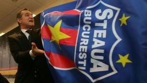 Becali râde de CSA Steaua: