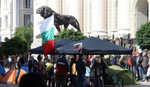 Bulgarii o cheamă pe Kovesi ca sa-l dea jos pe procurorul lor general - o marionetă a mafiotului Peevski!
