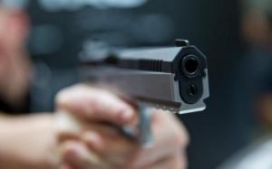 Caz șocant în SUA: Un băiețel de doi ani și-a împușcat mama, în timp ce femeia era pe Zoom