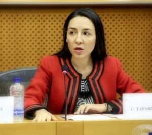 Claudia Țapardel: