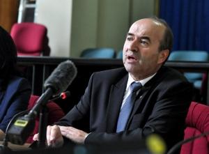 Controale la trei penitenciare după decesul fostului judecător Mustaţă, la cererea lui Tudorel Toader