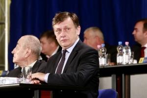 Crin Antonescu revine în politică. Decizia luată de fostul președinte PNL