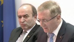 CSM a decis că Augustin Lazăr a încălcat codul deontologic. Procurorul general a făcut contestaţie
