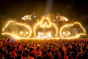 Cum a fost finanțată ilegal prima ediție a festivalului Untold. Deși prejudiciată, Primăria Cluj-Napoca nu s-a constituit parte civilă