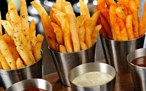 De ce sunt cartofii prajiti printre cele mai periculoase alimente pentru stomac