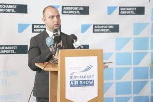 Directorul Bogdan Mindrescu refuza sa semneze contractul cu americanii pentru Aeroportul Otopeni