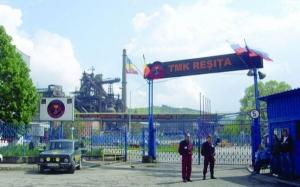 Doi muncitori de la o companie metalurgică din Reşiţa au murit striviţi de un utilaj