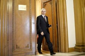 Dragnea: România va menţine politica de stimulare fiscală până în 2020, în încercarea de a îmbunătăţi standardul de viaţă