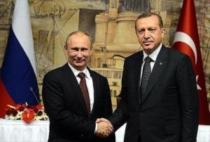 După Trump, si Putin l-a felicitat pe Erdogan pentru victoria la referendumul din Turcia