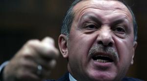 Erdogan o acuză pe Merkel că a recurs la practici naziste