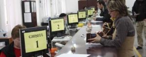 Funcţionarii publici vor da evaluări scrise anuale