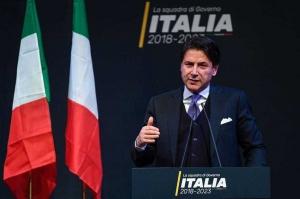 Giuseppe Conte renunţă la mandatul de premier desemnat al Italiei