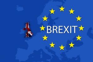 Guvernul britanic acceptă oficializarea datei Brexit