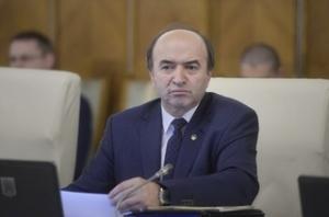Legile Justiţiei au fost adoptate pe articole în Camera Deputaţilor. Plenul a fost convocat pentru votul final al celor mai controversate legi