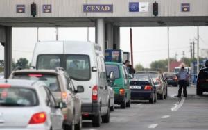 Mai mulţi români care se întorceau acasă, tâlhăriţi cu cuţitul la gât într-o benzinărie din Ungaria
