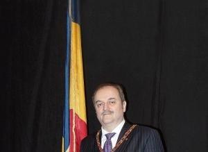 Masoneria mondială va fi condusă de nașul lui Zgonea. Afaceri cu oligarhi ruși foști în GRU