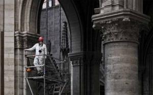 Miliardarii francezi nu au dat încă niciun euro pentru finanțarea reconstrucției Catedralei Notre-Dame