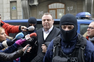 """Ministrul Lucian Șova vrea să redreseze Posta Română prin """"copy paste"""