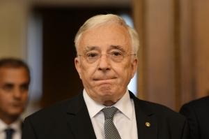 Mugur Isarescu, despre imprumuturile pe care le face Guvernul: Problema e ce anume facem cu banii